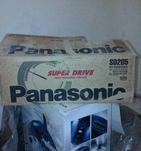 Видеомагнитофон панасоник и кассет20 к нему в пода