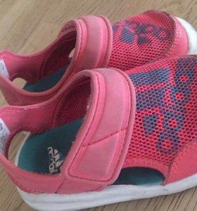 Сандали для девочки 21 р Adidas