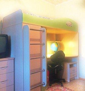 Комплекс кровать шкаф стол