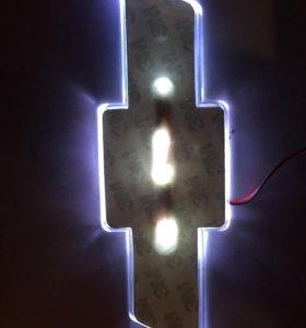 Подсветка эмблемы шевроле
