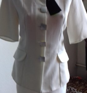 Новые костюмы и блузки