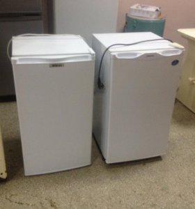 Компактный холодильник Samsung