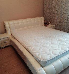 Кровать с прикроватными тумбочка и из экокожи, орт