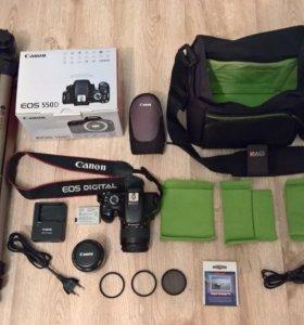 зеркальная камера Canon EOS 550d