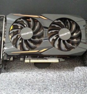 Видеокарта AMD Radeon RX 560