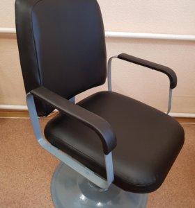 Кресло парикмахерское