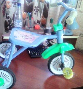 Детский велосипед 'светлячек'