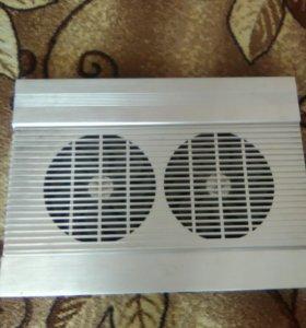 Охлаждающая подставка кулер