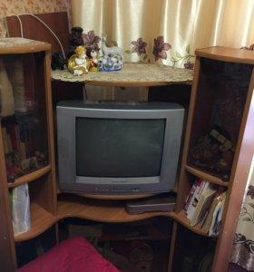 Тумба тв , и компьютерный стол