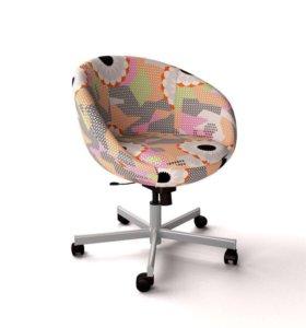Компьютерный стул икеа СКРУВСТА