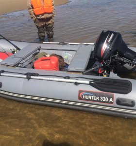 Продам моторную лодку Хантер 330а НДНД