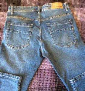 Новые мужские джинсы размер 46-48 см стретч