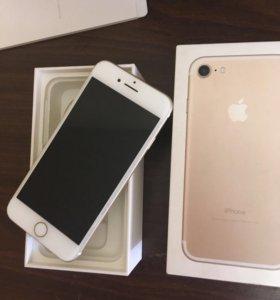 Продам телефон iPhone 7 на запчасти