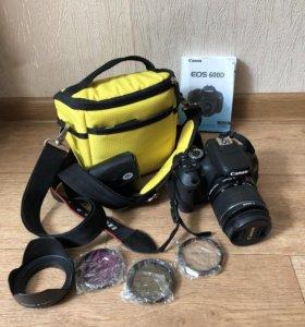 Фотоаппарат Canon EOS 600D Kit, штатив