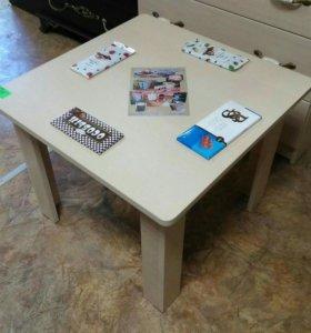 Стол обеденный/кухонный увеличенный с полочкой.