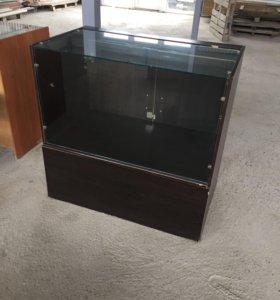 Витрина стеклянный прилавок маникюрный стол