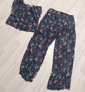 Летний комплект Брюки и блуза 46 размер