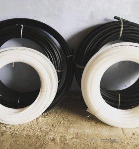 Водопроводные трубы (пластмассовые) ПВД и ПНД