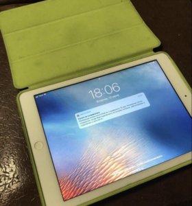 iPad Air 32 gb с симкой