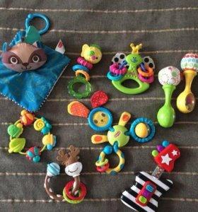 Погремушки, грызунки, Развивающие игрушки
