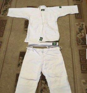 Продаю детское кимоно