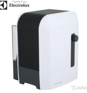 Мойка и увлажниетль воздуха Electrolux ehaw-6515