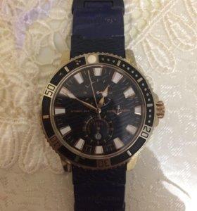 Часы ULISSE NARDIN