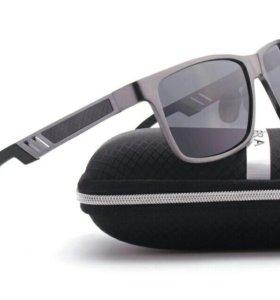 Крутые солнцезащитные очки с поляризацией