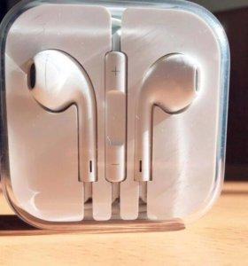 Гарнитура проводная Apple EarPods (3.5 mm)