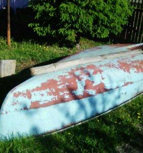 Лодка пластиковая 5 м