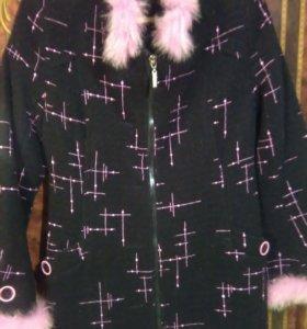 Пальто женское осень-весна с меховой опушкой 44-46