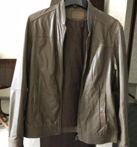 Кожаная куртка мужская Trussardi размер XL