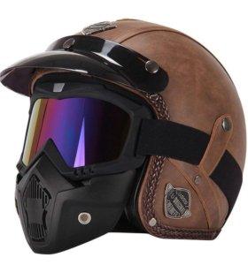 Стильный мотошлем с маской и очками