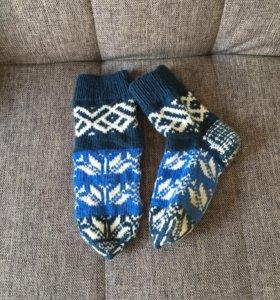 Вязаные носочки, тапочки