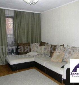 Квартира, 3 комнаты, 81.2 м²