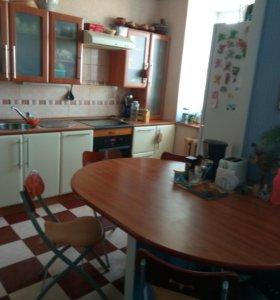 Квартира, 4 комнаты, 98 м²