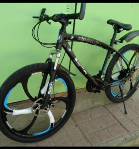 БМВ велосипед на литых дисках