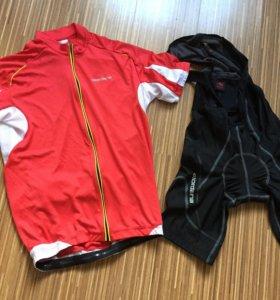 Велосипедное джерси и велошорты