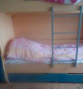 Детская мебель кровать 2х яростная с матрасоми