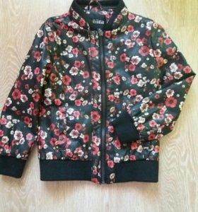 Курточка для девочки Acoola