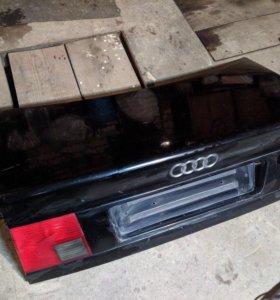 Крышка багажника Audi A6 C4 (100)