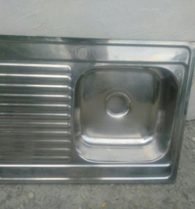 Накладная кухонная мойка