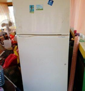 Холодильник (не работает)