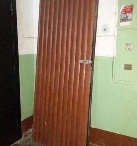 Железная дверь б/у