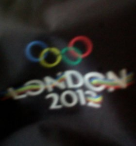 Продам курточку adidas london 2012 оригинал