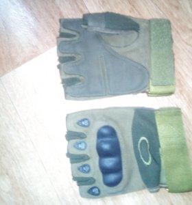 Обрезаные перчатки