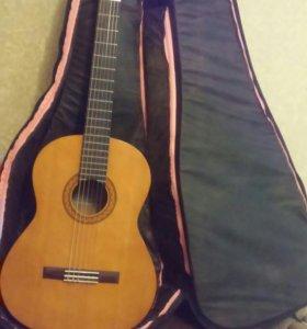Класическая гитара Yamaha CM40