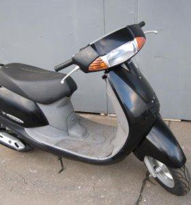 Прокат двухместных скутеров Honda Lead, Tact.