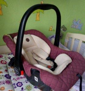 Автолюльки Happy Baby от 0 до 13 кг для двойняшек