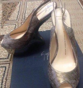 Выпускные туфли с зеркальной платформой!